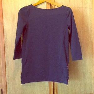 GAP MATERNITY 3/4 sleeve top with side zippers